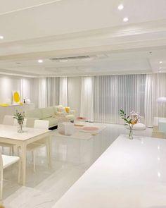Room Design Bedroom, Home Room Design, Dream Home Design, Dream House Interior, Luxury Homes Interior, Korean Apartment Interior, Clinic Interior Design, Modern Villa Design, Aesthetic Bedroom