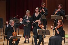 The Spanish early-music specialist Mr. Savall and the student orchestra Juilliard415 performed at the Metropolitan Museum of Art.