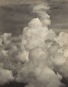 Alfred G. Buckham, Clouds massing before a thunderstorm, ca. 1920