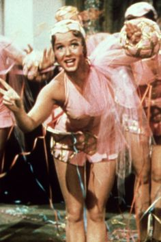 Take 2 Minutes Out of Your Day to Watch Debbie Reynolds in Singin' in the Rain