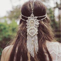 Bridal hair: 4 bridal accessory designers from abroad Macrame Headband, Macrame Dress, Bridal Hair Down, Modern Gypsy, Macrame Design, Circlet, Macrame Patterns, Boho Wedding, Boho Bride