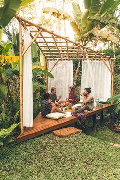 Hideout Bali – Wowow, Home! Bamboo Landscape, Landscape Design, Japanese Garden Landscape, Backyard Patio, Backyard Landscaping, Landscaping Ideas, Backyard Ideas, Bamboo House Design, Bamboo House Bali