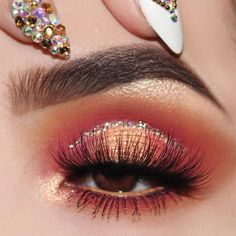 Idée Maquillage 2018 / 2019 : Uploaded by . Find images and videos about makeup nails and eyeshadow on We He - Idée Maquillage 2018 / 2019 : Uploaded by . Find images and videos about makeup nails and eyeshadow on We He - Makeup Eye Looks, Cute Makeup, Eyeshadow Looks, Glam Makeup, Pretty Makeup, Eyeshadow Makeup, Beauty Makeup, Makeup Inspo, Makeup Ideas