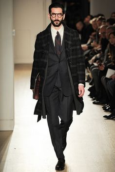 Dunhill - F/W 2015-2016 Source: style.com