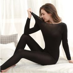 Our Seamless Thermal Underwear Set features a crew neck top as well as super soft, moisture-wicking fabric. It's all you need to be ready for any season! Ultra-fine, super absorbent fibers feel soft and smooth on your sk Style Girlie, Slimming Patch, Pullover Shirt, Long Underwear, Underwear Sets, Get Skinny, Hot Pants, Looks Great, Womens Fashion