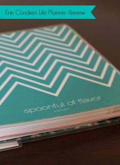 Erin Condren Life Planner Review and Giveaway - How will you stay organized in 2014? #ErinCondren #giveaway