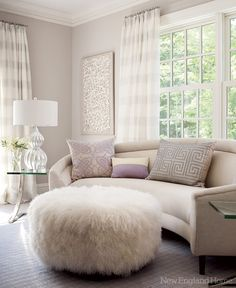 Gorgeous 33 Incredibly Cozy Master Living Room Ideas https://cooarchitecture.com/2017/04/09/33-incredibly-cozy-master-living-room-ideas/