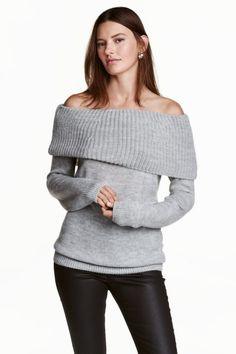 Off-the-shoulder jumper