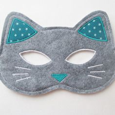 Cats Toys Ideas - Masque chat laura jane etsy www. - Ideal toys for small cats Sewing Projects For Kids, Sewing For Kids, Diy For Kids, Nativity Costumes, Cat Costumes, Felt Diy, Felt Crafts, Costumes Faciles, Sewing To Sell