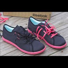 6cb90697dee578 Reebok Skyscape Sneaker Country Wear