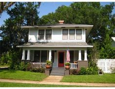 Awesome 2-Story Historic Home in Sanford, Florida :) That's right- Florida!
