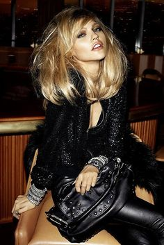 Glamorous Chic Life: THAT hair and black leather Glam Rock, Rock Chic, Look Rock, Looks Style, Looks Cool, Glamorous Chic Life, Sasha Pivovarova, Backless Prom Dresses, Maxi Dresses
