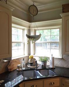 Corner window in kitchen
