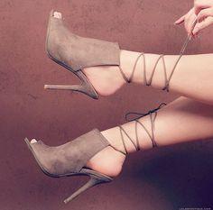 fc681a4389e968 Instagram  dianarodz Lace Up Heels