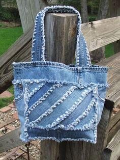 Denim diagonal patchwork tote bag. Fully lined por TatteredSisters, $28.00