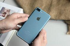 Nuove foto ritraggono un iPhone 7 Plus funzionante in versione Deep Blue!