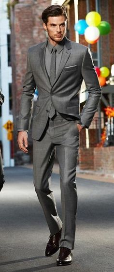 Formal style - party style - monochromatic - gray on gray - gray slim fit suit + gray classic collar shirt + gray tight wool tie + black cap toe oxfords