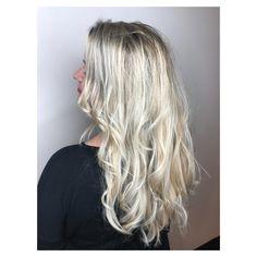 Blondes !!! #olaplex #bumbleandbumble #hairbyrae #saloneden #goldwellcolor