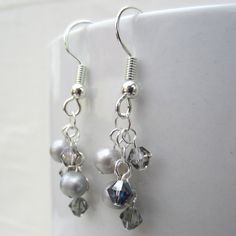 Gray Pearl Bracelet and Earrings Set by SaltwaterDaydreams on Etsy
