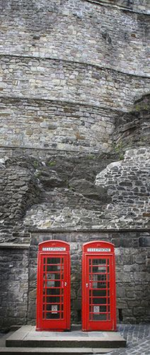 Rumor has it the last of my ancestral clan Armstrong was hung there in Edinburgh Castle - Scotland...wonder if it is true and how can I find out?
