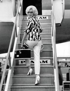 Marilyn boarding PANAM at Miami Int'l