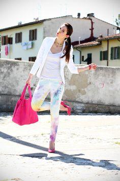 #fashion #fashionista pantaloni pastello | giacca bianca | borsa fucsia | decollete fucsia | scarpe fucsia | scarpe rosa | fashion blog | fashion blogger | salsa jeans 4