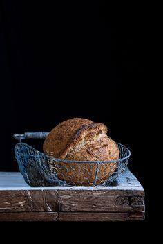 Wheat & barley sourdough bread. By Sylvain Vernay.