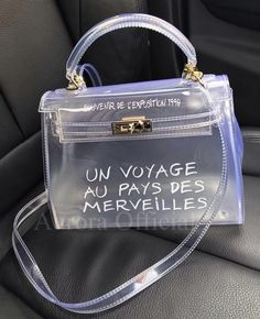 Stylish Trendy Handbags Ideas for 2020 accessories 2020 Stylish Trendy Handbags Ideas for 2020 Clear Handbags, Purses And Handbags, Leather Handbags, Cute Handbags, Leather Bags, Pink Leather, Soft Leather, Chanel Tote, Coco Chanel