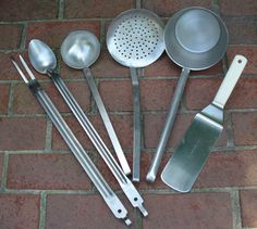 The standard set of US Army cooking utensils
