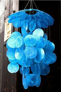 カピス貝シェルの風鈴ブルー【バリ雑貨・アジア雑貨・アジアン雑貨】【0304superP10】【春の新生活フェア2012】【RCPmar4】
