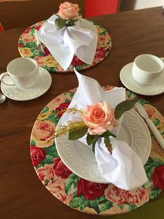 It Glamour: mesa posta Dinner Table, A Table, Table Napkin, Centerpieces, Table Decorations, Napkin Folding, Fine Dining, Decorative Items, Napkin Rings