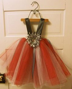 This is happening... My daughter WILL have one of these! Houndstooth tutu for little girls.