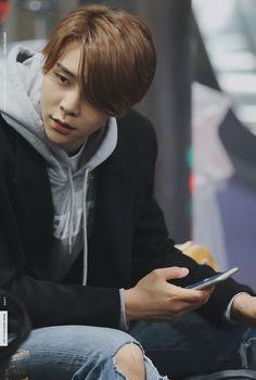 Johnny knows how to ruin your bias list 😍😍😍😍😍😍 Taeyong, Jaehyun, Yang Yang, Winwin, Ntc Dream, Nct 127 Johnny, Bae, Korea, Sm Rookies