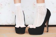 .i wish i was brave enough to do ankle socks+ shoes