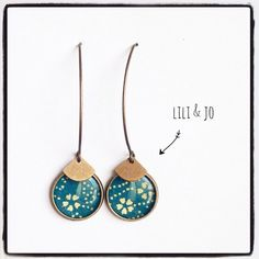 Nice pair of earrings cabochons for a Japanese style Materials used: Japanese paper Metal bronze color (nickel and lead free) Dimensions: C – 20458834 Source by Ceramic Jewelry, Polymer Clay Jewelry, Resin Jewelry, Diy Jewelry, Jewelery, Jewelry Making, Paper Jewelry, Fabric Jewelry, Diy Schmuck