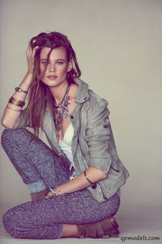 Behati Prinsloo for FreePeople June 2013 LookBook - http://qpmodels.com/african-models/behati-prinsloo/1858-behati-prinsloo-for-freepeople-june-2013-lookbook.html