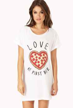 I NEED IT!  Pizza Lover Sleep Shirt | FOREVER21 For the pizza lover #Pajamas #ValentinesDay #Graphic