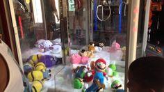 Super Mario Elaut Claw Machine Rigged At Busch Gardens Yoshi Luigi Nintendo