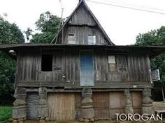 MARANAO HOUSE Filipino Architecture, Philippine Architecture, Style At Home, Philippine Houses, Cabin, House Styles, Home Decor, Decoration Home, Room Decor