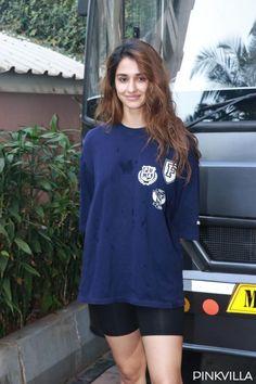 Indian Actress Pics, Indian Bollywood Actress, Bollywood Girls, Bollywood Actors, Indian Actresses, Kareena Kapoor Photos, Shraddha Kapoor Cute, Disha Patani Photoshoot, Mohit Suri