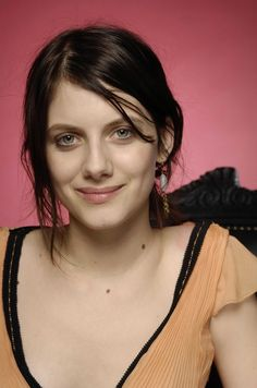 Melanie Laurent, Prettiest Actresses, Beautiful Actresses, Movie Co, French Actress, Some Girls, Character Portraits, Beautiful Celebrities, Woman Face