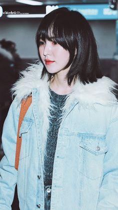 wendy with short hair lockscreens Seulgi, South Korean Girls, Korean Girl Groups, Baby Buns, Wendy Red Velvet, Hair Inspo, Kpop Girls, Short Hair Styles, Hair Cuts