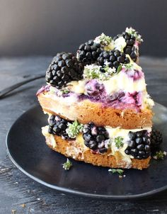 dressed with layers of whipped mascarpone cheese, lemon curd & a honey lemon blueberry sauce