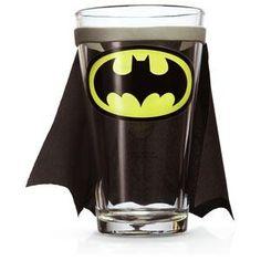 {Batman caped pint glass} kinda want this.but maybe superman Batman Cape, I Am Batman, Superman, Batman Stuff, Nananana Batman, Stocking Stuffers For Men, Marvel, Batgirl, Gotham
