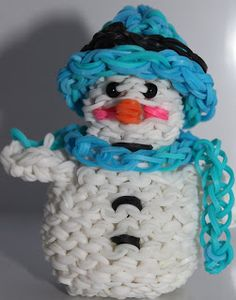 Jettescraftcorner: Loom Snowman with had and scarf Loom, Snowman, Children, Young Children, Loom Weaving, Kids, Children's Comics, Sons, Snowmen