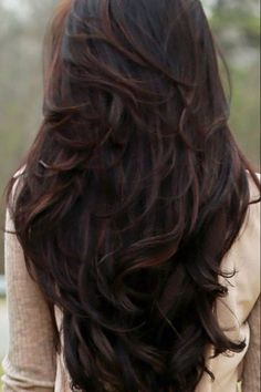 Nice cut..Will you tell me name of this cut. long layered hair style with bangs