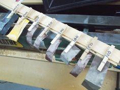 Four Wood Turning Tips / Quatre astuces de tourneur sur bois   Atelier du Bricoleur (menuiserie)…..…… Woodworking Hobbyist's Workshop Love Bracelets, Cartier Love Bracelet, Bangles, Four, Woodworking Tips, Index, Workshop, Jewelry, Atelier