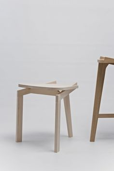 furniture design · detail ·           ·   Carpenter stools Solid maple & solid oak - Prototypes - baptiste -pilato-fr