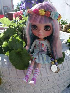 Vestido de unicornio para blythe con corona de flores. blythe dress with flowers