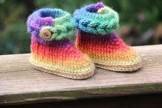 CROCHET PATTERN : Tricot-Look Braid Stitch bottillons (tailles bébé) - autorisation de vendre le produit fini